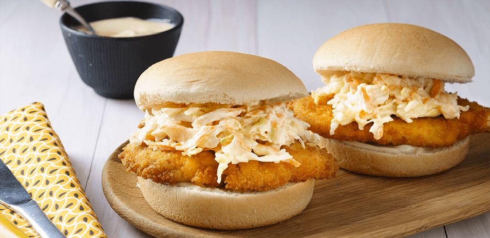 Creamy Chicken and Coleslaw Buns